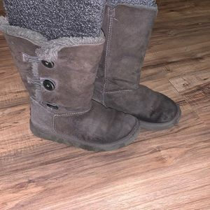 Girl's Ugg Boots Size 2